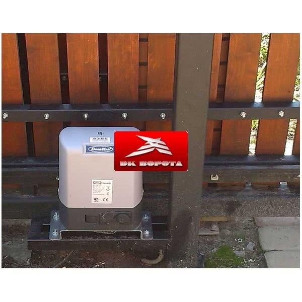 DOORHAN SLIDING-2100 привод для откатных ворот до 2100 кг.